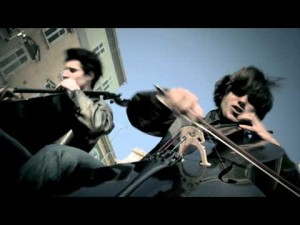 """2Cellos """"Welcome to the Jungle"""""""