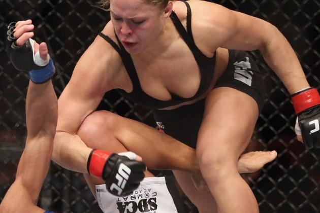 MMA Boobs